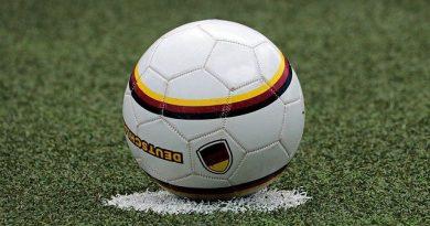 Die Kommerzialisierung des Fußballs